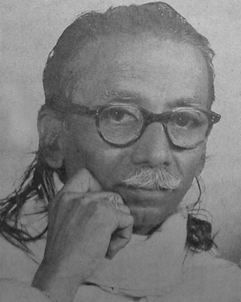 Photo of Artist Godbole's close friend Chitrakalacharya N.E.Puram